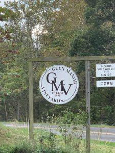 Glen Manor Vineyards Sign